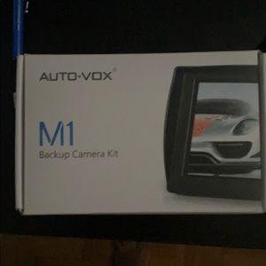 Back up camera kit !!!new never use